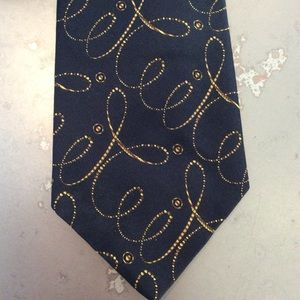 Gorgeous Paul Stuart silk tie